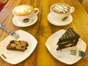 Zoo Coffee Hot Drinks and Cake